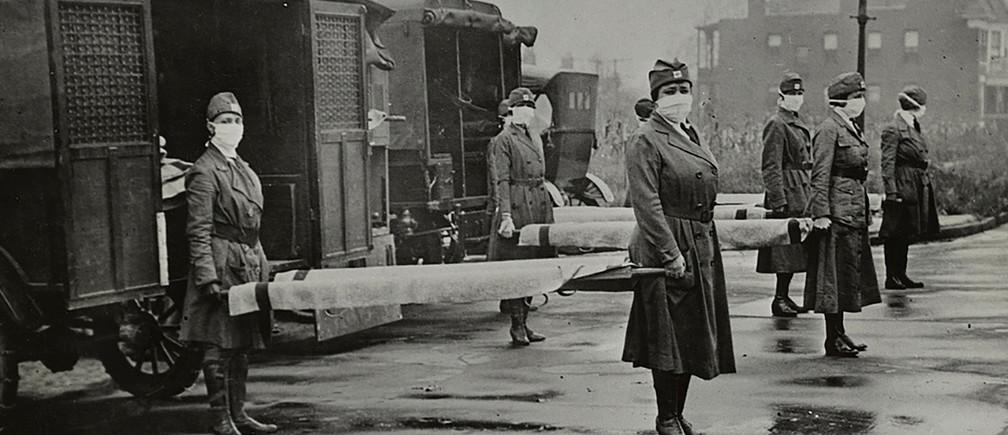 Beteghordók a spanyolnátha idején 1918-ban